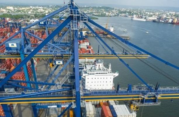 Причальні крани-перевантажувачі Ship-to-shore